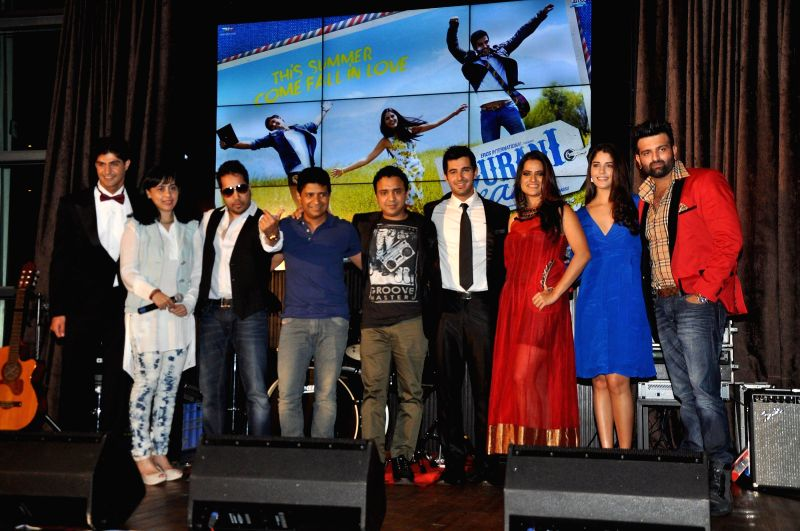 Tanuj Virwani, Tanushri Chattrji Bassu, Mika Singh, K K, Ram Sampat, Aditya Seal, Sona Mohapatra, Izabelle Leite, Ali Haider during the music launch of the movie Purani Jeans in Mumbai on April 16, .. - Mika Singh
