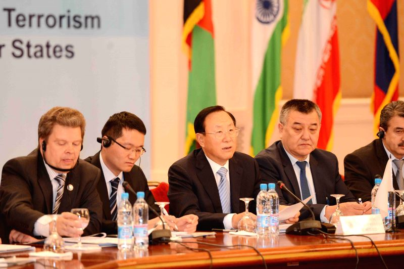 Tashkent (Uzbekistan): Zhang Xinfeng (C), director of the Executive Committee of SCO's Regional Anti-Terrorism Agency, attends the Second Conference on Cooperation against International Terrorism and