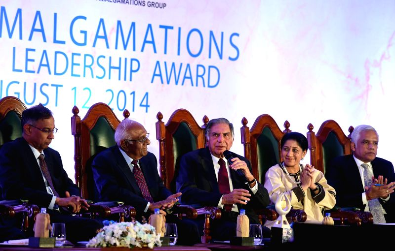 Tata group Chairman Emeritus Ratan Tata and others during 18th MMA Amalgamations Business Leadership Award (BLA) 2014 in Chennai on Aug 12, 2014. - Ratan Tata