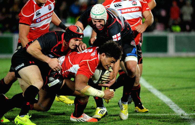 Amanaki Lelei (C) of Japan competes during the 2014 end-of-year test match series agasint Georgia in Tbilisi, Georgia, on Nov. 23, 2014. Japan lost 24-35.