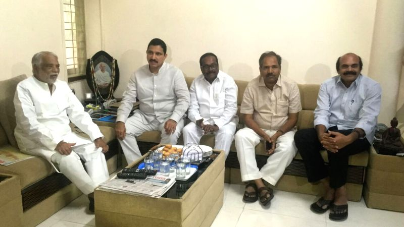 TDP leaders Y. S. Chowdary, Konakalla Narayana Rao and Kristappa Nimmala meet TRS leader K. Keshava Rao at his residence in Hyderabad on July 15, 2018. - Konakalla Narayana Rao and K. Keshava Rao