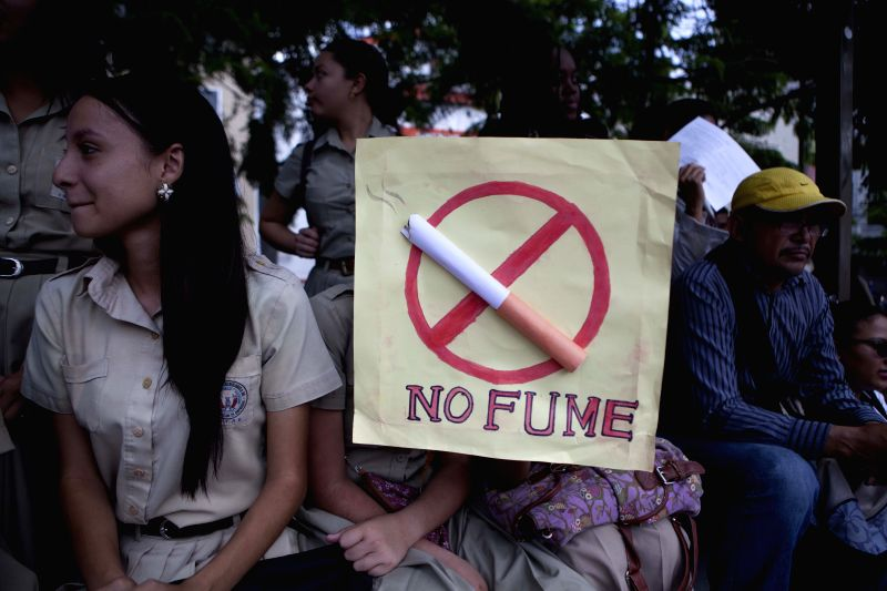 TEGUCIGALPA, June 1, 2016 - People attend a rally to mark the World No-Tobacco Day in Tegucigalpa, capital of Honduras, May 31, 2016.