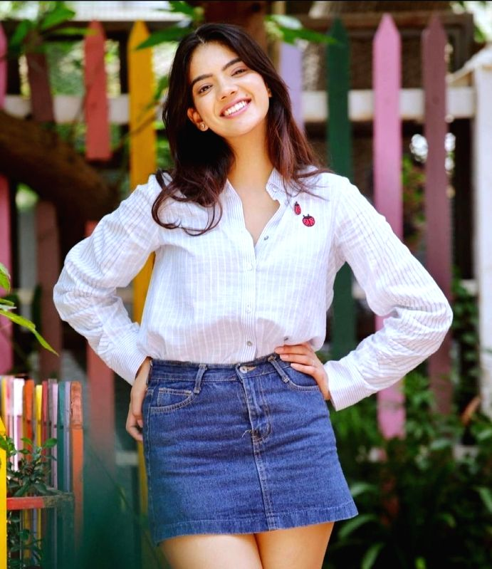 Tejasvi talks about playing a strong female character in 'Hasal'.