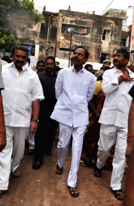 Telangana Chief Minister K Chandrasekhar Rao during his visit to IDH colony in Hyderabad on Sept 1, 2014. - K Chandrasekhar Rao