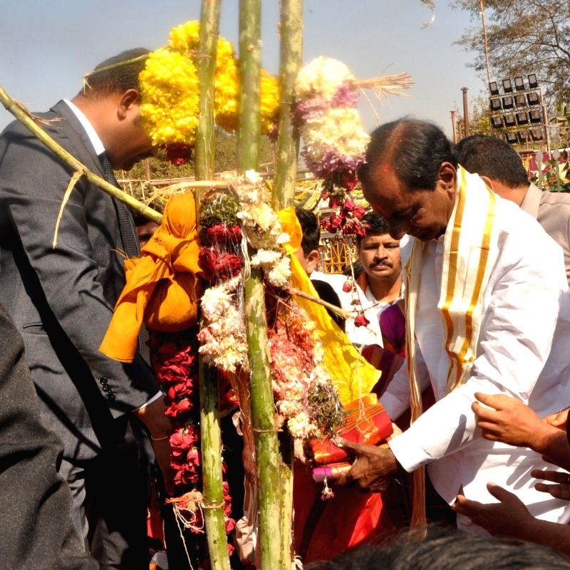 Telangana Chief Minister K Chandrasekhar Rao offers prayers to the Saralamma deity at the Sammakka Saralamma festival in Medaram village, Telangana on Feb 2, 2018. - K Chandrasekhar Rao