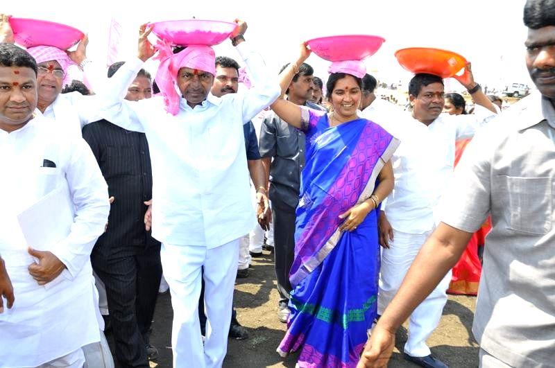 Telangana Chief Minister K Chandrasekhar Rao at the launch of `Mission Kakatiya` at Sadashivanagar of Telangana's Nizamabad district on March 12, 2015. - K Chandrasekhar Rao