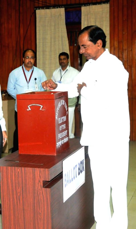 Telangana Chief Minister K Chandrashekhar Rao casts his vote during presidential polls at Telangana Assembly in Hyderabad on July 17, 2017. - K Chandrashekha