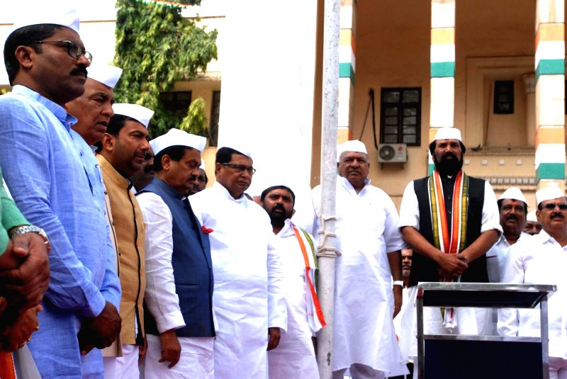 Telangana Congress president N. Uttam Kumar Reddy during the hoisting of tricolor on the 76th anniversary of Quit India movement, in Hyderabad on Aug 9, 2018.
