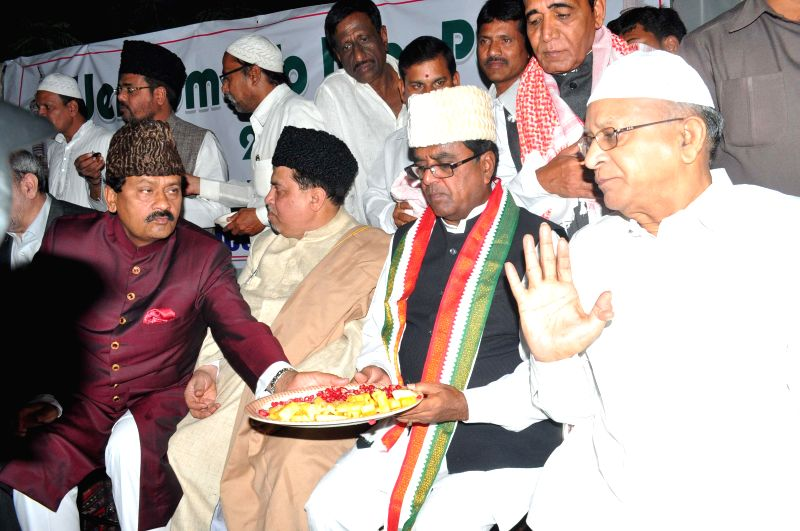 Telangana Pradesh Congress Committee party members Ponnala Lakshmaiah, Mohammad Ali Shabbir and S. Jaipal Reddy during a Iftar party hosted by Telangana congress party in Hyderabad on July 26, 2014. - S. Jaipal Reddy