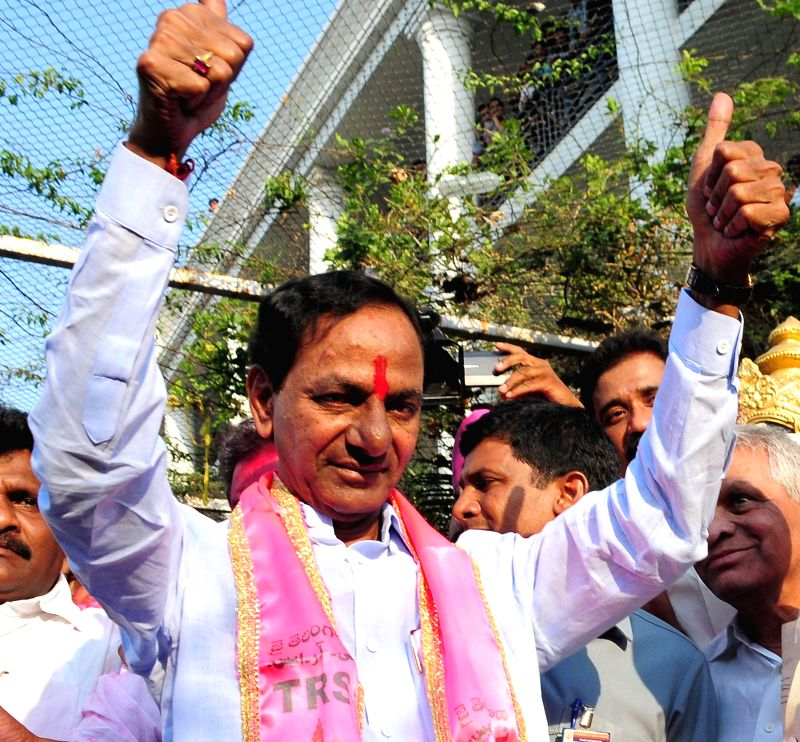 Telangana Rashtra Samithi (TRS) chief K Chandersheker Rao arrives to address party workers regarding party's performance in 2014 Lok sabha Elections in Hyderabad on May 16, 2014. - K Chandersheker Rao