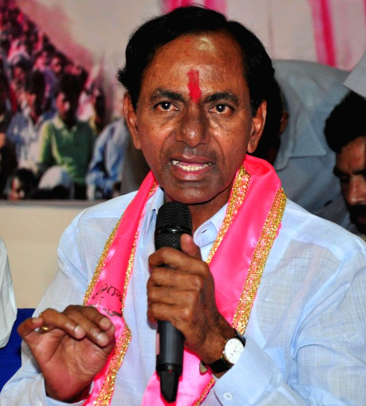 Telangana Rashtra Samithi (TRS) chief K Chandersheker Rao addresses party workers regarding party's performance in 2014 Lok sabha Elections in Hyderabad on May 16, 2014. - K Chandersheker Rao
