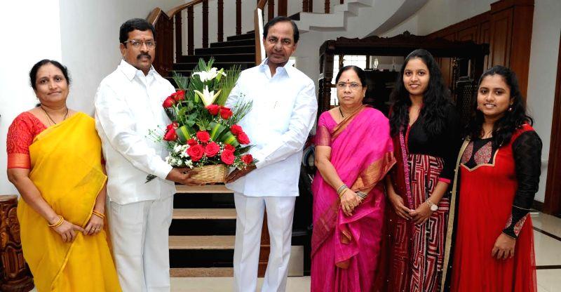 Telangana State Mineral Development Corporation (TSMDC) chairman S Subhash Reddy calls on the Telangana Chief Minister K Chandrasekhar Rao in Hyderabad on July 13, 2016. - K Chandrasekhar Rao and S Subhash Reddy
