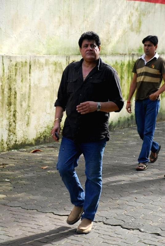 Television actor Gajendra Chauhan during the funeral of filmmaker Dharmesh Tiwari in Mumbai on Thursday, August 7, 2014. - Gajendra Chauhan