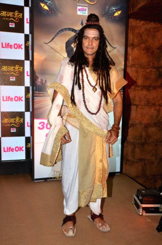 Television actor Manish Wadhwa during the launch of Life Ok`s new television show Naagarjuna - Ek Yoddha, in Mumbai on May 24, 2016. - Manish Wadhwa