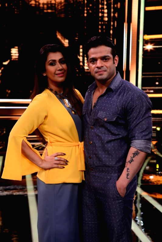 Television actors Ankita Bhargav and Karan Patel on the sets of Sabse Smart Kaun in Mumbai on Aug 4, 2018. - Ankita Bhargav and Karan Patel
