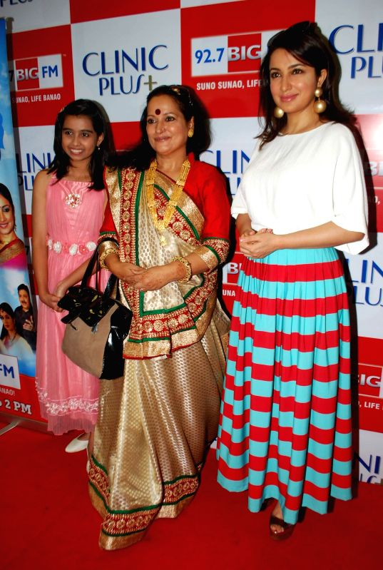 Television child actor Sparsh Khanchandani, Bollywood actors Himani Shivpuri and Tisca Chopra during the launch of Maa Ke Aanchal Mein - Radio Ki Pehli Picture by BIG FM & Clinic Plus in Mumbai .. - Sparsh Khanchandani, Himani Shivpuri and Tisca Chopra