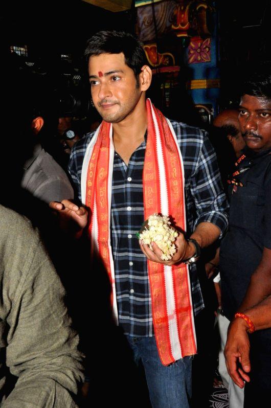 "Telugu film ""Bharat Ane Nenu"" team seen at Vijayawada Durgamma Temple in Hyderabad."