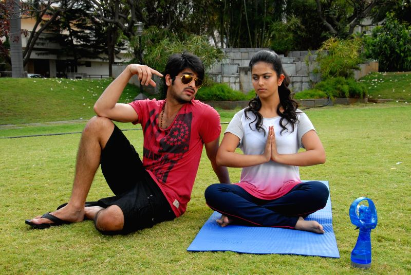 Telugu movie Lakshmi Raave Maa Intikie stills.