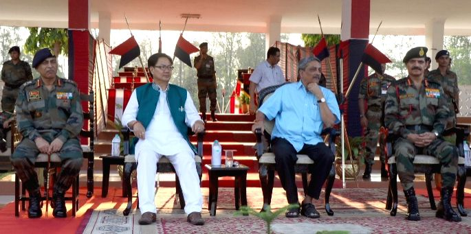 The Union Defence Minister Manohar Parrikar and Union MoS Home Affairs Kiren Rijiju with the Chief of Army Staff, General Dalbir Singh at Tezpur Military Station on May 1, 2015. - Dalbir Singh