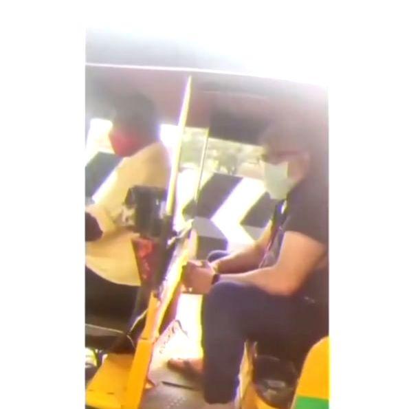 'Thala' Ajith takes auto ride in Chennai, surprises fans (Instagram)