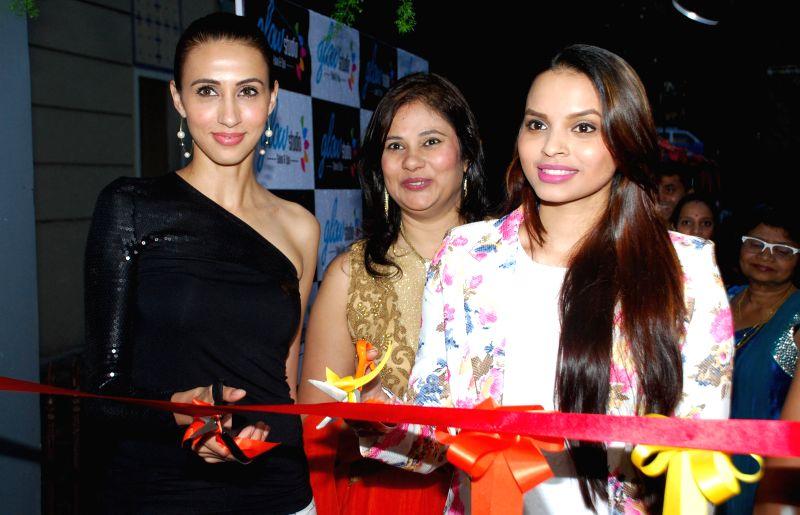 Ms. Mallerine Kukian (Director) with Super Model Alesia Raut and Femina Miss India - Gail Nicole Da Silva during launch of Glow Studio Salon and Spa beauty salon in Thane, on March, 01, 2015. - Alesia Raut
