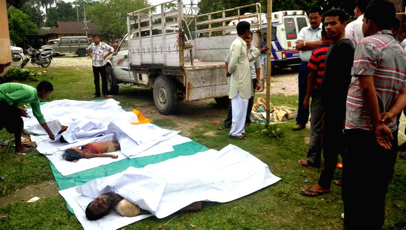 The bodies of six persons, including two minors who were killed on 1st May, 2014 by unidentified gunmen, suspected to be members of Songbijit faction of National Democratic Front of Boroland at 1 No.
