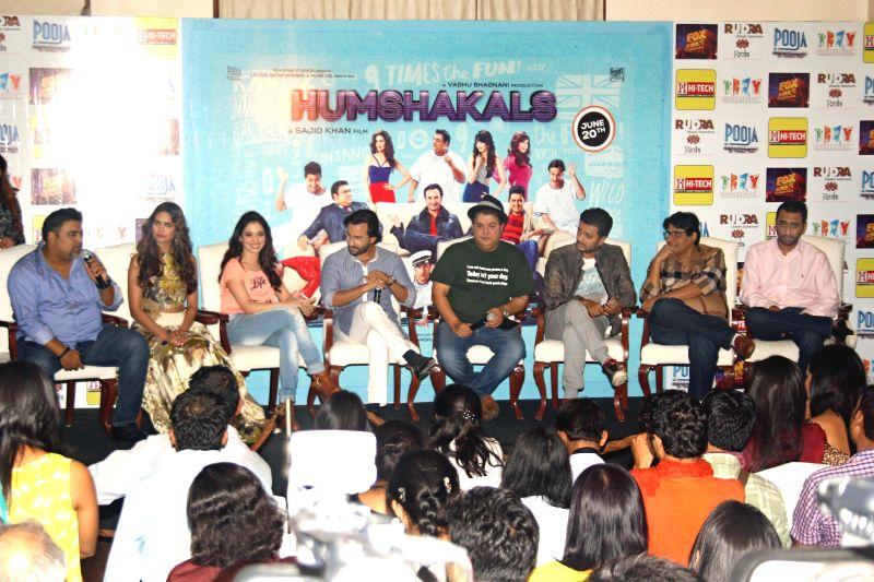 The cast of film Humshakals Saif Ali Khan, Riteish Deshmukh, Ram Kapoor, Tamannaah Bhatia, Esha Gupta and Director Sajid Khan during a press meet in New Delhi on 16 June 2014. - Riteish Deshmukh, Kapoor, Esha Gupta and Sajid Khan