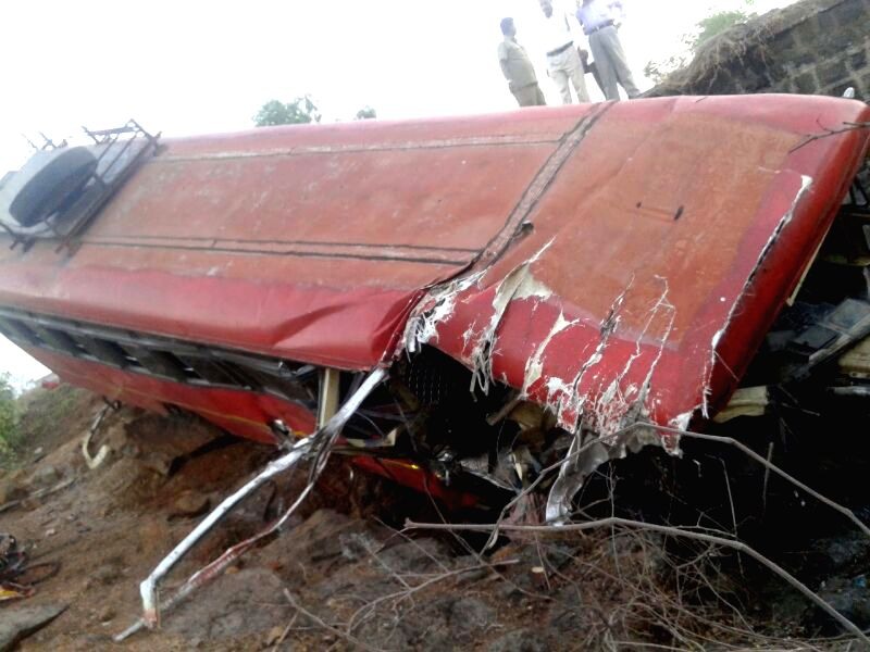 The Chiplun bound bus which met with an accident on Mumbai-Goa Highway near Lote village in Maharashtra on May 15, 2014. 10 persons were injured in the accident.