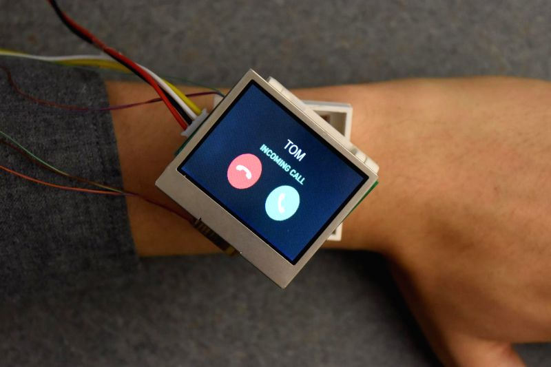 The Cito prototype rotates, hinges, translates, rises and orbits to add convenience for smartwatch users.