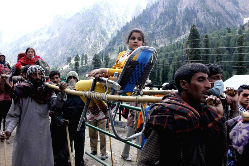 The first batch of pilgrims on way to the holy Amarnath cave commenced via Baltal route in Sonamarg on June 28, 2014.