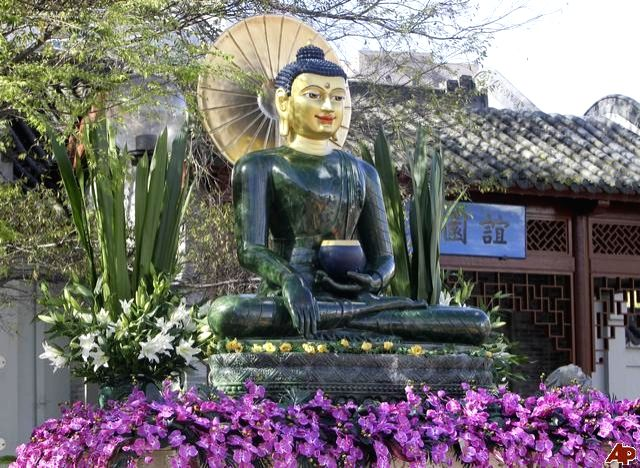 The iconic statue of Jade Buddha which will come to India in Nov 2012 in the last led of its world peace tour.