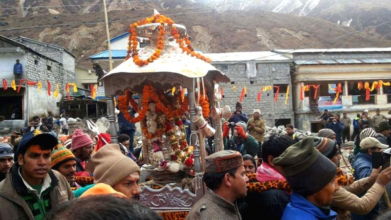 The Kedarnath seat being shifted to Ukhimath – the winter home of the deity of Kedarnath as the portals of the shrine were closed for winters on Nov 13, 2015.