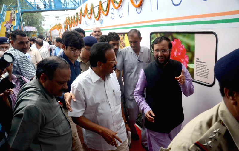The Minister of State for Information and Broadcasting (Independent Charge), Environment, Forest and Climate Change (Independent Charge) and Parliamentary Affairs, Prakash Javadekar with the Union ...