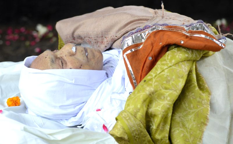 The mortal remains of veteran actress Zohra Sehgal who died at the age of 102 years yesterday (on 10th July 2014) in New Delhi on July 11, 2014.