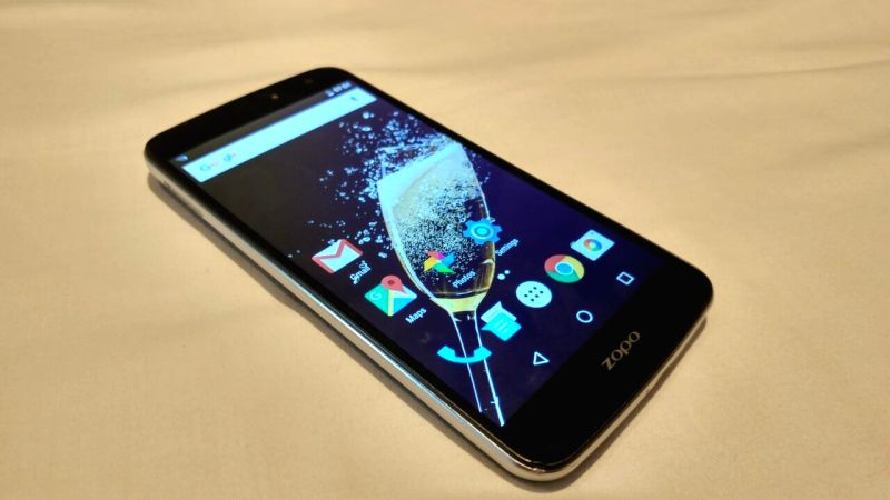 The smartphone features a 5.5-inch full HD IPS display, MediaTek Helio X20 64-bit deca-core CPU paired up with 4GB RAM.