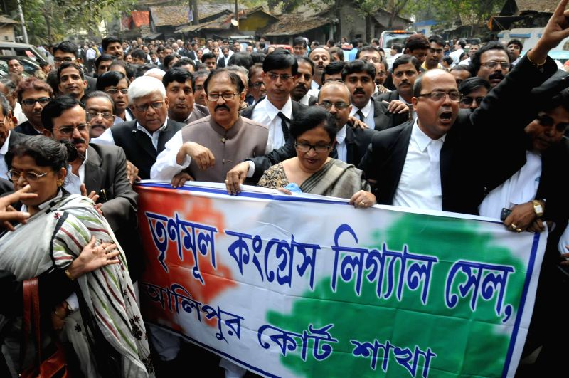 The Speaker of the West Bengal Legislative Assembly Biman Banerjee, West Bengal  Law, Judicial Affairs and Health Minister Chandrima Bhattacharya participate in a lawyers' rally against the failure .. - Chandrima Bhattacharya