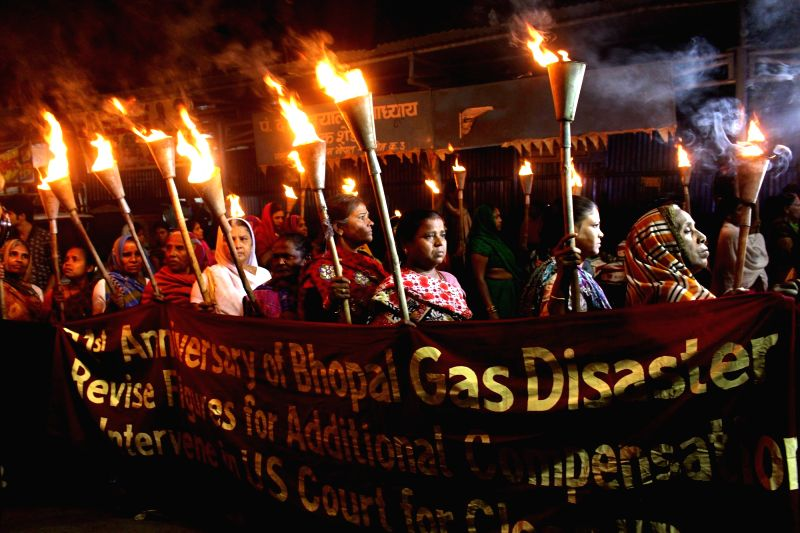 The survivors of the Bhopal gas tragedy stage a demonstration on the eve of 31st anniversary of the tragedy in Bhopal, on Dec 2, 2015.