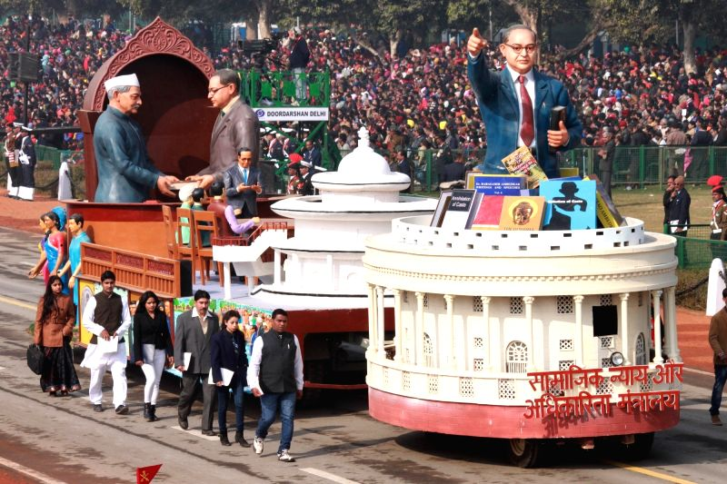 The tableau of Union ministry of social justice and empowerment, department during full dress rehearsal for Indian Republic Day parade at Rajpath in New Delhi on Jan 23, 2016.