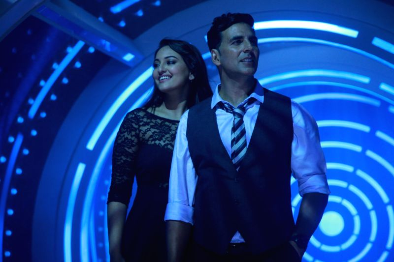The third song from Akshay Kumar and Sonakshi Sinha`s forthcoming film `Holiday: A Soldier Is Never Off Duty`, `Blame The Night` is out. - Akshay Kumar and Sonakshi Sinha