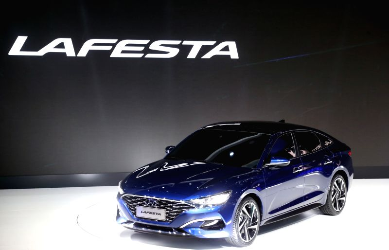Hyundai reveals Elantra-based Lafesta for China
