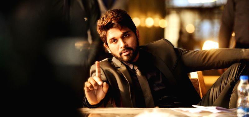 Tollywood star Allu Arjun in still from Duvvada Jagannadham.