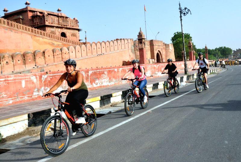 Tourists enjoy 'Heritage Bicycle Ride' in Bikaner on Aug 6, 2018.