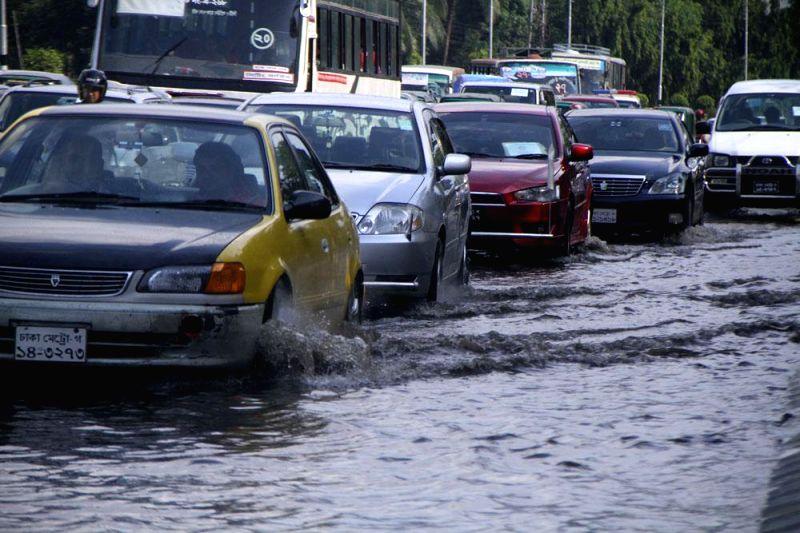 Traffic congestion due rains in Dhaka of Bangladesh on May 7, 2014.