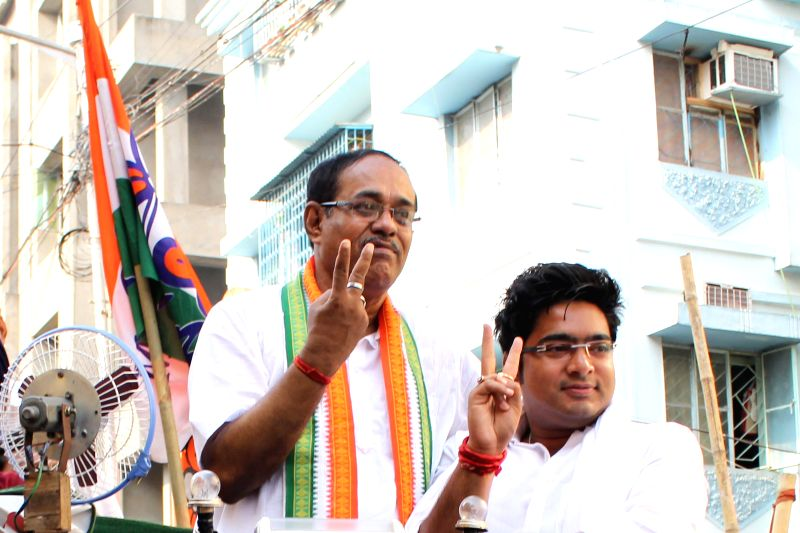 Trinamool Congress candidate for 2014 Lok Sabha Election from South Kolkata parliamentary constituency, Subrata Bakshi during an election campaign in Kolkata on April 16, 2014.