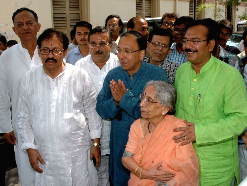 Trinamool Congress candidate for 2014 Lok Sabha Election from Jadavpur parliamentary constituency, Sugato Basu arrives to file his nomination papers in Kolkata on April 23, 2014.