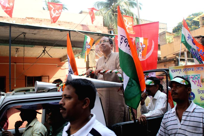 Trinamool Congress candidate for 2014 Lok Sabha Election from Balurghat, Arpita Ghosh addresses press after coming out of the Enforcement Directorate in Kolkata on April 25, 2014.