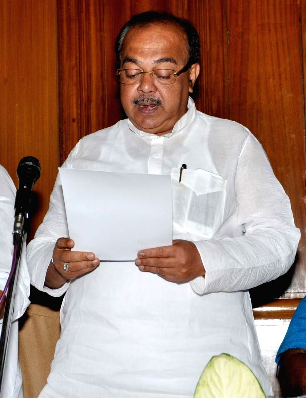 Trinamool Congress leader Sovan Chatterjee takes oath as a legislator at the West Bengal Assembly in Kolkata, on May 28, 2016. - Sovan Chatterjee