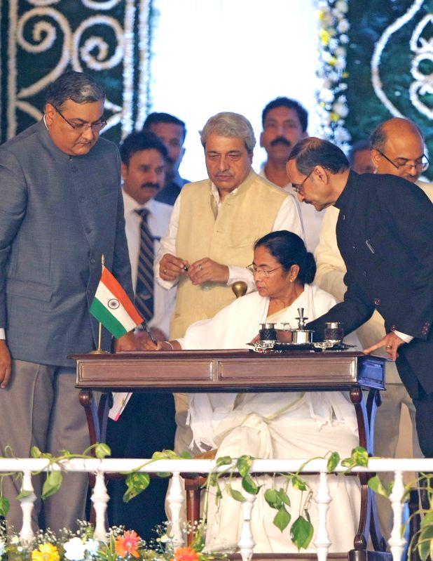 Trinamool Congress supremo Mamata Banerjee assumes charge as  West Bengal chief minister in Kolkata, on May 27, 2016. - Mamata Banerjee