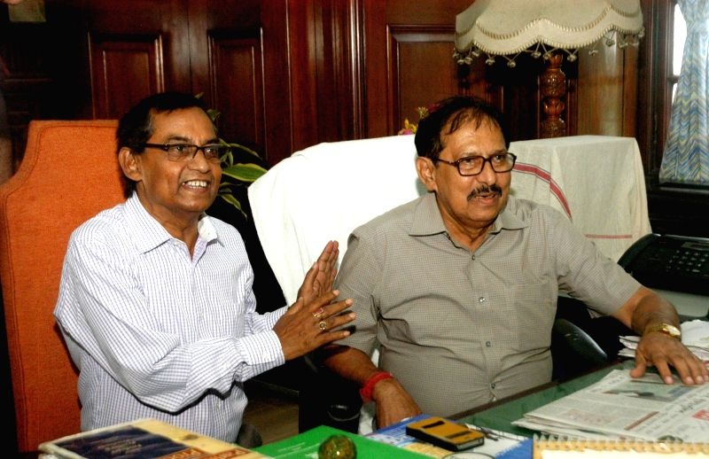 Tripura Legislative Assembly Speaker Ramendra Chandra Debnath calls on West Bengal Speaker Biman Banerjee at West Bengal Assembly in Kolkata on Aug 1, 2016. - Ramendra Chandra Debnath and Biman Banerjee