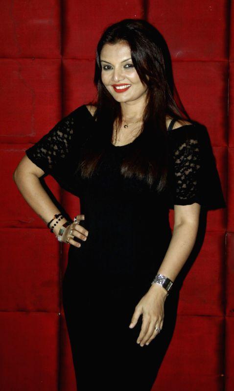 TV actress Deepshika Nagpal during the party to celebrate Aarti winning Dadasaheb Phalke Award in Mumbai on July 26, 2016. - Deepshika Nagpal